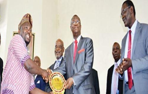 UNN VC Prof. Ozumba Wins 2016 Kwame Nkrumah Leadership Award